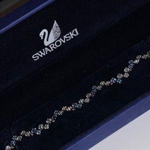 BRAND NEW! Swarovski fidelity bracelet